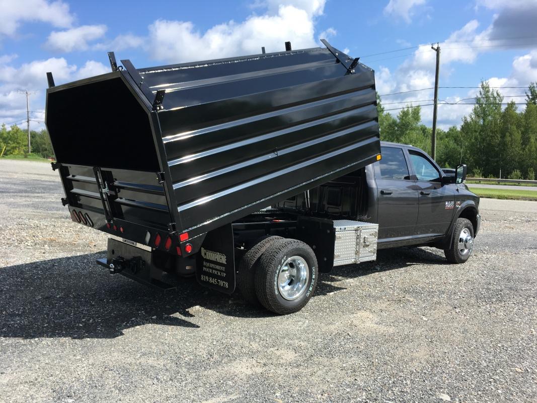 Ford Box Truck >> Ram 5500 Crew Cab Benne d'émondeur, Pruner's dump body | Camions Champagne | Windsor, Estrie, Québec
